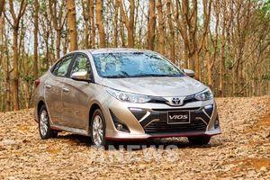 Bảng giá xe ô tô Toyota tháng 12/2020, khách mua xe được tăng bơm lốp điện tử