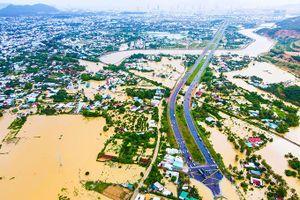 Nha Trang trong biển nước