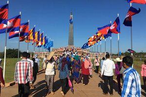 Campuchia kỷ niệm 42 năm Ngày thành lập Mặt trận Đoàn kết cứu nước