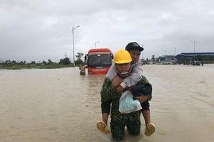 Khánh Hòa khẩn trương giúp nhân dân khắc phục hậu quả bão lũ