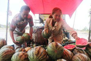 Tròng trành chợ nổi - Bài 2: Mai một nét văn hóa miền sông nước