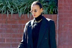 Irina Shayk bị chê già hơn tuổi khi diện set đồ vest ra phố