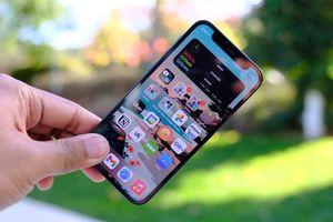 Phát hiện ra cách tấn công iPhone chỉ bằng Wi-Fi khiến nhiều người lo sợ