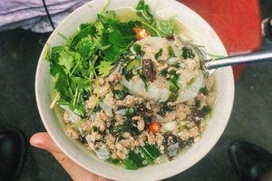 Bánh đúc nóng – Hương vị đặc trưng của mùa đông Hà Nội