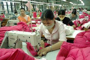 Năm 2021, xuất khẩu dệt may vẫn chưa hết khó khăn