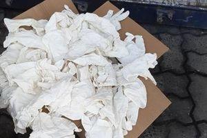 Hơn 5 tấn găng tay đã qua sử dụng nhập khẩu từ Trung Quốc