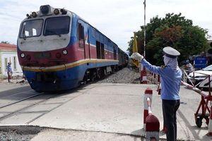 Thoi thóp vì COVID-19, lối đi nào cho ngành đường sắt Việt Nam?
