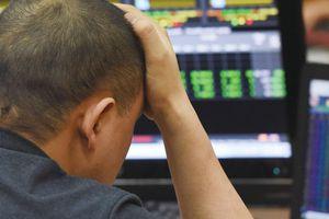 Thuế cổ tức bằng cổ phiếu: Bất hợp lý và khó thu