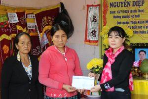 Báo SGGP hỗ trợ gia đình nạn nhân bị lốc xoáy chìm tàu ở Quảng Nam