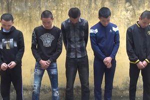 Thanh Hóa: Bắt quả tang 5 thanh niên sử dụng ma túy ngoài cánh đồng