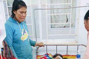 Gia Lai: 175 bệnh nhân bị ngộ độc đã được lấy mẫu bệnh phẩm gửi đi xét nghiệm
