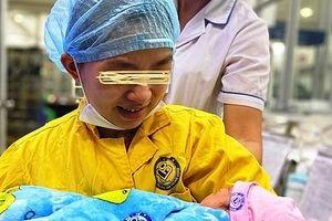 Thai phụ bị tụ máu não do tai nạn giao thông được cứu sống thần kỳ