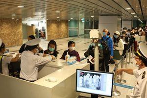 Thêm 4 người Việt nhập cảnh nhiễm Covid-19