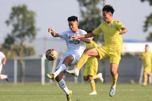 Hạ U17 Nutifood, U17 Hà Nội vào bán kết U17 Cúp Quốc gia