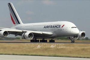 Kỳ nghỉ lễ cuối năm giúp phục hồi các hãng hàng không Pháp