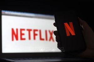 Netflix từ chối bổ sung mục khuyến cáo cho series phim 'The Crown'