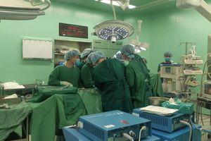 Kỳ tích: Vận chuyển tạng tới 3 miền Bắc - Trung - Nam để cứu sống 4 người đang 'cận kề cái chết'