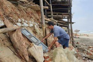Sóng 'ngoạm' dãy nhà hàng ven biển An Bàng: Trắng tay sau sạt lở