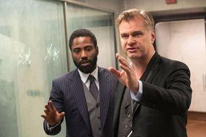 Nolan bất bình khi Warner Bros. đưa các bom tấn 2021 lên mạng