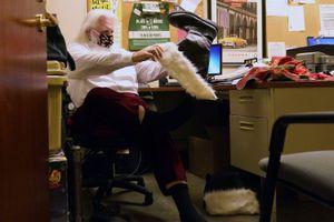 Thách thức với các 'Ông già Noel' trong đại dịch COVID-19