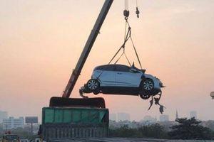 Hà Nội: Tai nạn liên hoàn 5 ô tô trên cầu Thanh Trì gây ùn tắc hơn 10km