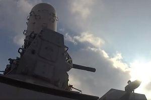 Mỹ khai hỏa pháo phòng không cận chiến MK-15 Phalanx