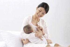 Bật mí cách cai sữa cho bé hiệu quả và không đau cho mẹ