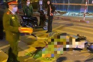 Video TNGT ngày 9/12: Hai thanh niên tử vong khi xe máy tông dải phân cách