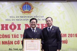 Chánh án TAND tỉnh Bắc Ninh là thẩm phán duy nhất tại Việt Nam đạt chuẩn Phó Giáo sư ngành Luật năm 2020
