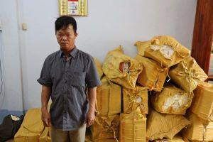 Bắt giữ đối tượng vận chuyển gần 12.000 gói thuốc lá lậu ở Tây Ninh
