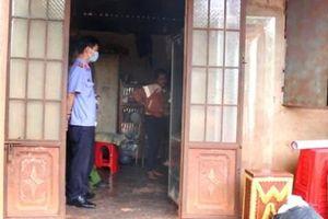 Gia đình bàng hoàng phát hiện người đàn ông mù treo cổ tử vong tại nhà