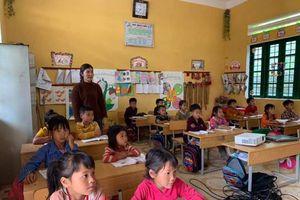 Ứng dụng CNTT vào dạy học ở vùng khó: Khó vẫn 'bó' khôn
