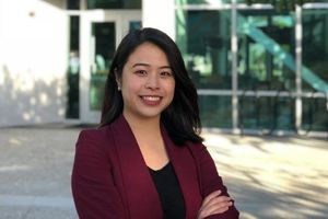 Cô gái gốc Việt trở thành nữ thị trưởng da màu trẻ nhất ở California