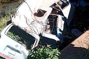 Nigeria: Xe khách mất lái lao xuống vực, 16 người thiệt mạng
