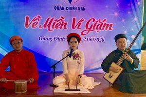28 ngàn người yêu văn chương sinh hoạt tại Quán Chiêu Văn