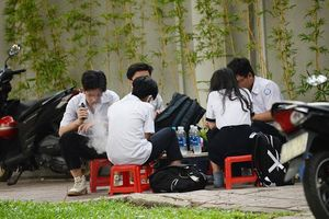 Gia tăng tình trạng thanh thiếu niên hút thuốc