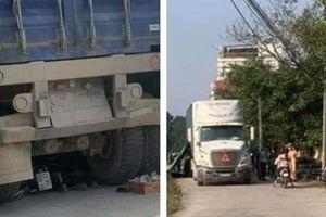 Xe container gây tai nạn làm 2 người tử vong
