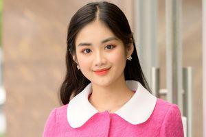 Ảnh ngoài đời của cô gái đẹp nhất Hoa khôi Du lịch Việt Nam 2020