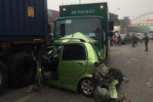 Tai nạn giao thông mới nhất hôm nay 13/12: Xe tải từng bị tàu hỏa đâm nát tiếp tục gây tai nạn chết người