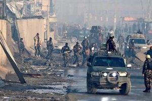 Đột kích căn cứ chính phủ Afghanistan trong đêm, 51 lính Taliban mất mạng