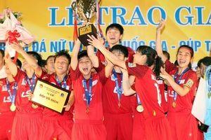 Thắng dễ Phong Phú Hà Nam, TP. HCM I chính thức đăng quang ngôi vô địch