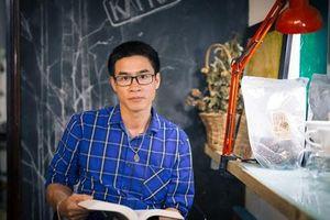 Nhà thơ bestseller Nguyễn Phong Việt tiết lộ về quà giáng sinh tặng độc giả