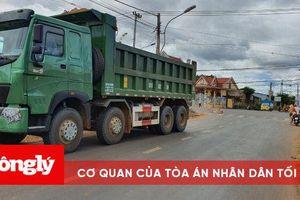 Gia Lai: Va chạm với xe tải, bé gái 10 tuổi tử vong thương tâm