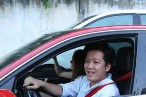 Cát-xê cao ngất ngưởng, Trường Giang vẫn trung thành với Mercedes C300