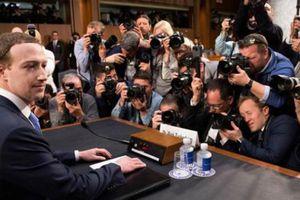 Facebook rơi vào cảnh 'đáo tụng đình'