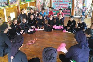 Lào Cai: Bảo tồn văn hóa dân tộc trong trường học