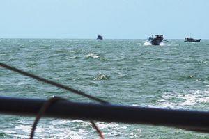 Diễn biến mới vụ 'nghi tài công chém thuyền viên xô xuống biển'