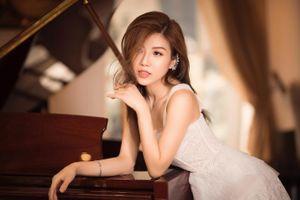 Trang Pháp hát đón giao thừa tại Phú Quốc