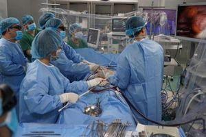 Phát triển bệnh viện vệ tinh, bệnh nhân nặng không phải vượt tuyến