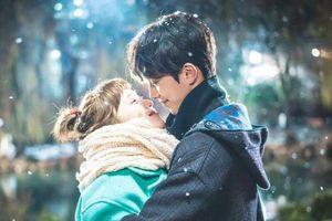 'Tuyết đầu mùa' có gì đặc biệt mà loạt sao Hàn đăng ảnh 'lia lịa'?